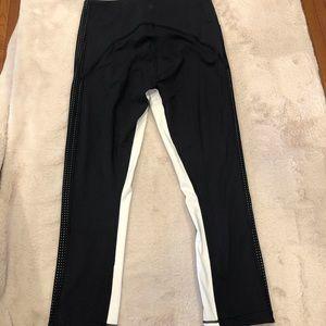 Athleta Black and White Crop Leggings, Size S